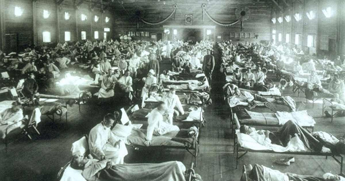 1918 flu pandemic patients laying on beds in a hospital